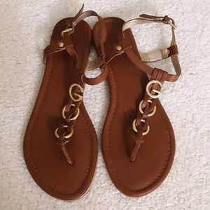 G by Guess Brown Thong Sandals Sz 10
